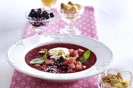 Wellness, Rezept, Kalte Suppe, Geeister Erdbeer Wassermelonen Gazpacho