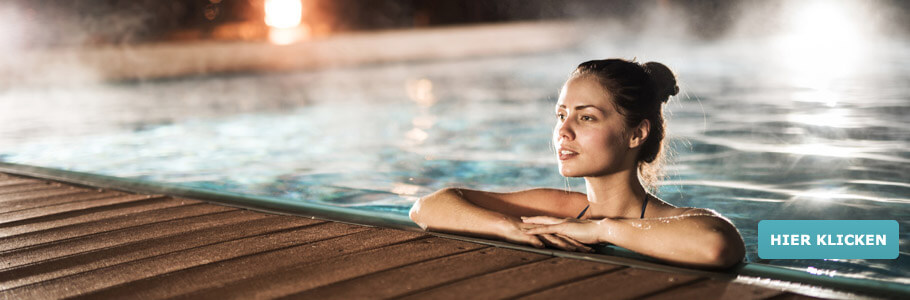 Winter Wellness, Frau, Spa, Sauna, Schnee