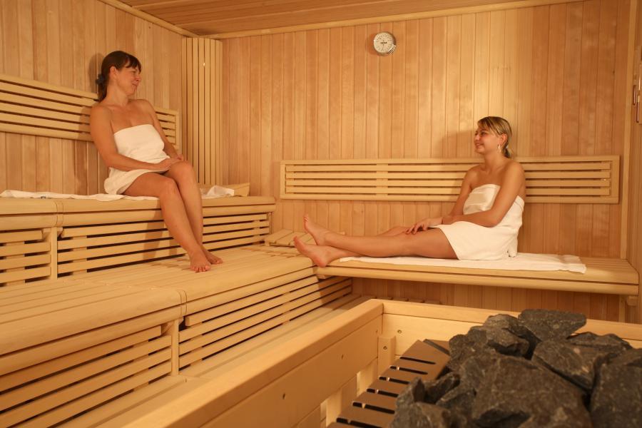 top hotel atrium am meer in juliusruh wellnessfinder. Black Bedroom Furniture Sets. Home Design Ideas